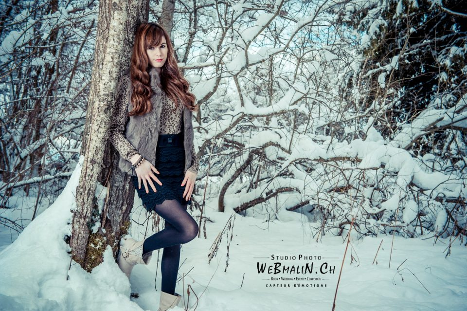 Seance Photo - Lifestyle - Dans la Neige - Saint Paul En Chablais - Modele Cindy Thorens - aD3S_0398-1