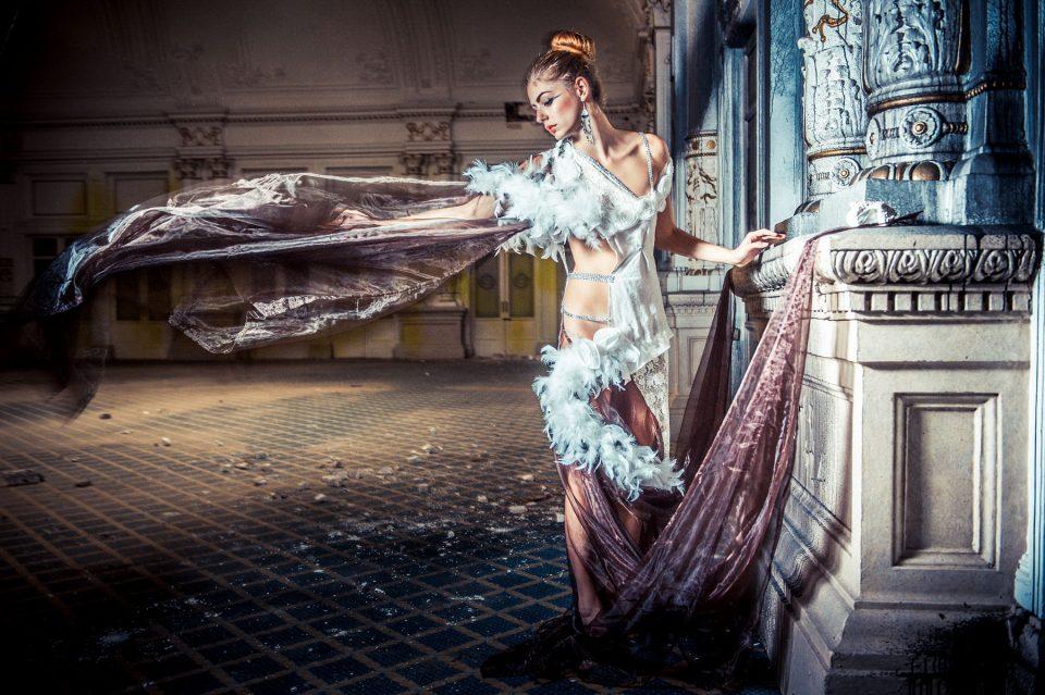 Top Urbex - Italie Photo Shoot - Modele Christelle Burrus